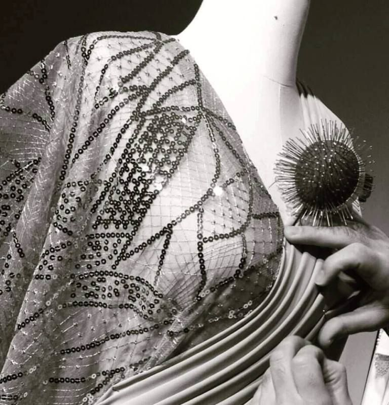 קורס עיצוב שמלות כלה וערב במכללת קונספט | עיצוב: עידו מסארוה תמונות אוירה בעבודה